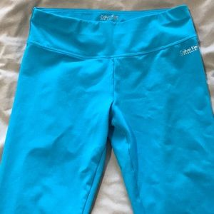 Turquoise cropped Calvin Klein quick dry leggings